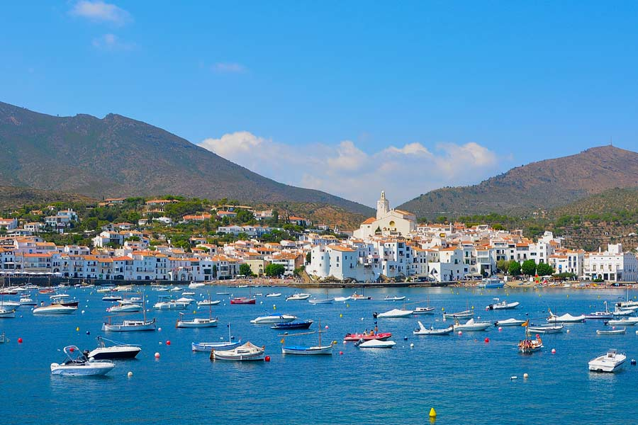 Comfort travel solutions. Cadaqués & Portlligat private tours