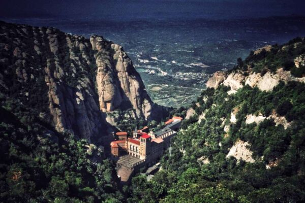 Comfort travel solutions. Montserrat private tours